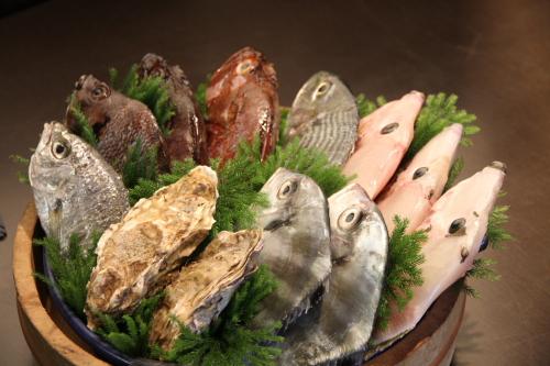 群名物 桶魚